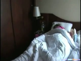 Fiatal szuka alvás