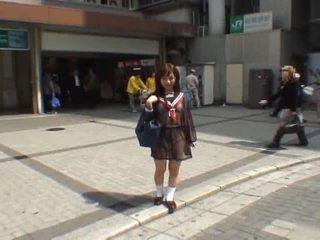 Mikan astonishing אסייתי תלמידת בית ספר enjoys ציבורי flashing
