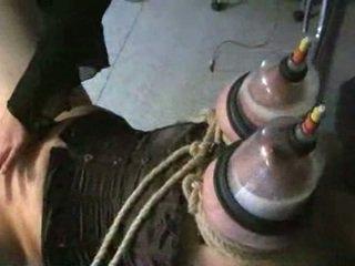 Obrovský dojčiace prsia v vacuum
