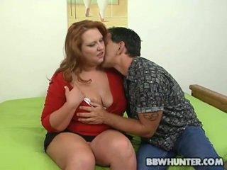 שמן נערה הוא giving a ראש