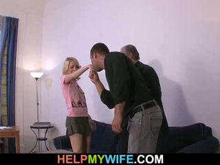 Membantu saya istri: tua orang pays beruntung dude untuk apaan dia terangsang