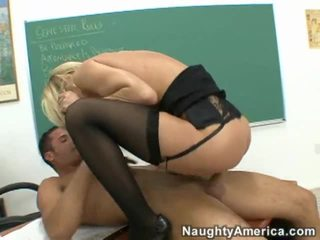 Boy Having Fuck With All Hot Teacher Game