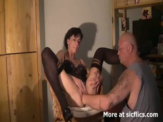 Monstre chatte fisting orgasms
