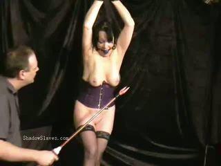 Mature slavegirls chatte aiguille torture et extrême