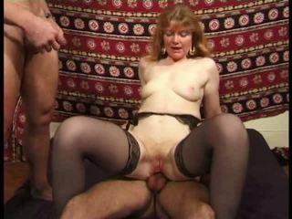 Martine, 성숙한 항문의 banged 에 스타킹 비디오