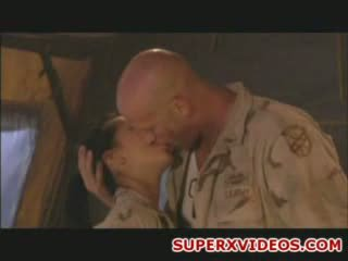 Kietas seksas orgija į the armija