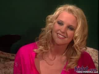 Hannah harper looks 如 華麗 如 永遠 如 她 gets 她的 陰道 stuffed