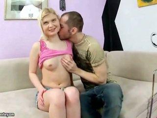 חמוד נוער having שלה a hole rammed