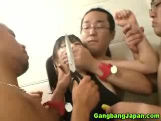 Aasia lits rühm grope orgia