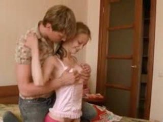 Beata opiekunka do dziecka awaiting jej boyfriend