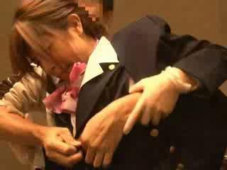 Õhk hostess käperdatud poolt passenger