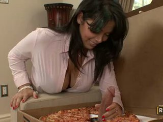 Adorable Milf Sienna West Muncthis Chabs A Gigantic Topping On Her Yummy Pizza