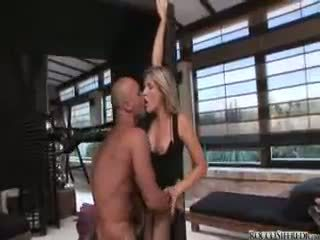 iceporn couple strapon