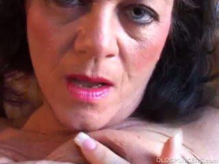 Maturidad pornograpya matanda pakikipagtalik luma puke luma inang kaakit-akit xxx pornograpya Mainit