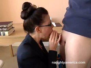Hawt Teacher Selena Steele Takes Her Lover's Schlong In Her Throat And Pleasures It