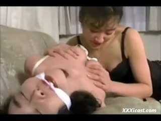 Lesbian asia pangawulan