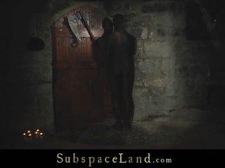 Withheld slaves tortured į the už šaltas