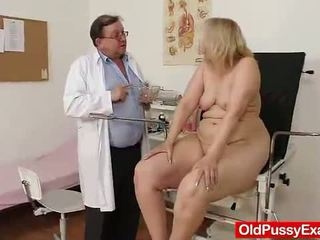 Régi szőke lány has neki hoo hoo bumped által egy doktor