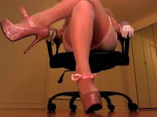 skirt quality, hot heels, new femdom online