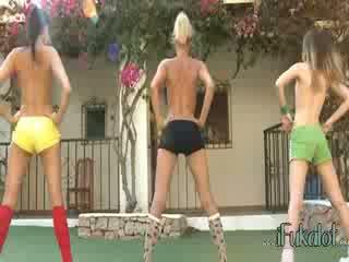 Trio naken lezzies making aerobic