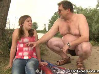 Celine touches 成熟 男人 公雞 喜歡 該 專業的