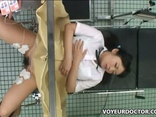 Másik diáklány used által gynecologist