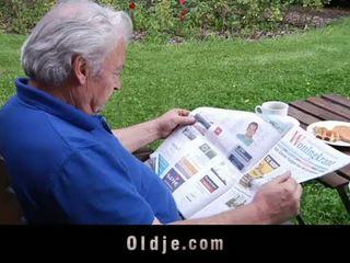 Oldje: شقراء ملاك loves كبار السن cocks