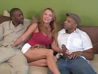 वाइफ इंटररेशियल कुक्कोल्ड साथ उसकी two विशाल lovers