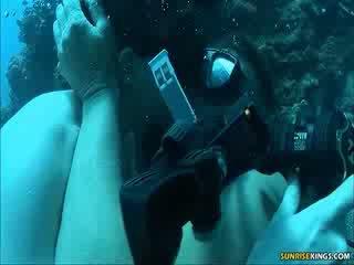 Sabine mallory under tubig magkantot at semen shot