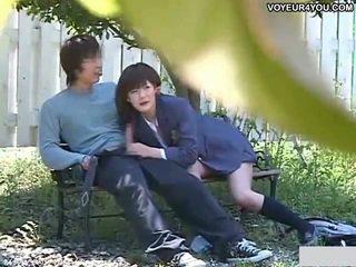 Kencan couples hari apaan wisata