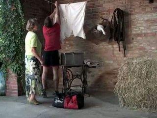 Vovó martha gets socorro com dela laundry