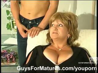 巨乳, ドイツ語, ママと少年