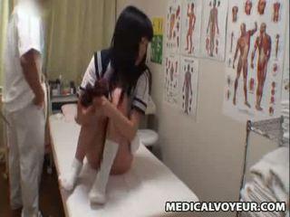 Spycam koolitüdruk climax massaaž 3