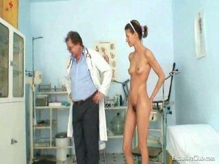 Angela gyno muff 考試 所有 以上 燧 由 成熟 淫 醫生