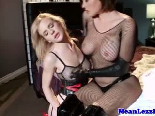 Lezdom hottie spanks her latex subs ass