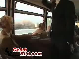 Блондинки ученичка maniac злоупотреба японки guy в автобус с