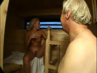 Miela cutie pakliuvom ir facialized į sauna