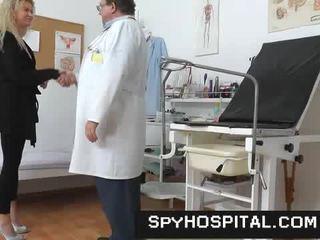 vagína, lékař, skryté kamery
