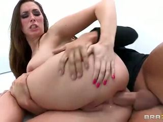 Bubble butt honey Paige Turnah ass railed sideways