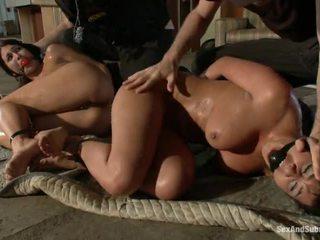 főhadiszállás sexy yo yo cop girl nagy, teljesen scared for a big cock ön, minden shows their shaved