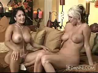 Nina mercedez in emieliana 2