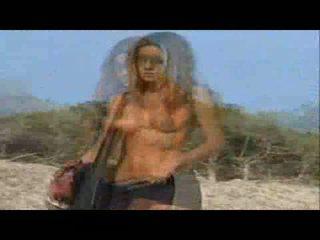 Jennifer Aniston Topless beach