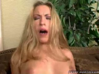Jaime elle pounded sunkus apie a rudas daybed