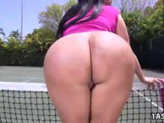 फॅट आस kiara mia gets गड़बड़ पर एक टेन्निस अदालत