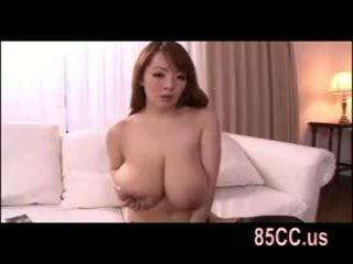 busty Hitomi tanaka great titsjob