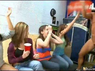 En chaleur alcoolisée filles