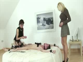 Blonde mature lady rides cock of patheric guy