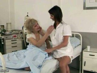 귀여운 간호사 loves 할머니