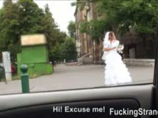 Desperate bruden amirah adara gets körd somewhere i offentlig