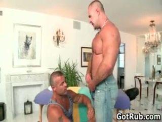 Đẹp bro getting aroused homo rubbing
